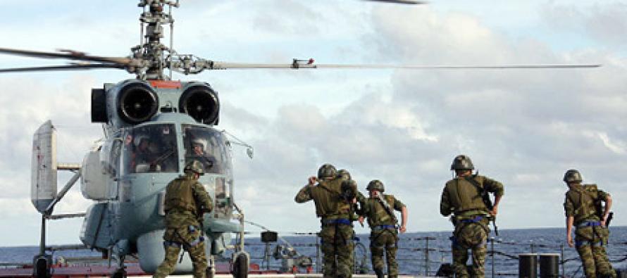 Морские пехотинцы Северного флота готовятся к десантной операции в Арктике