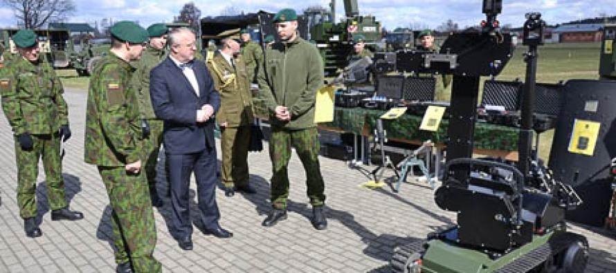 Министр посетил сапёрный батальон