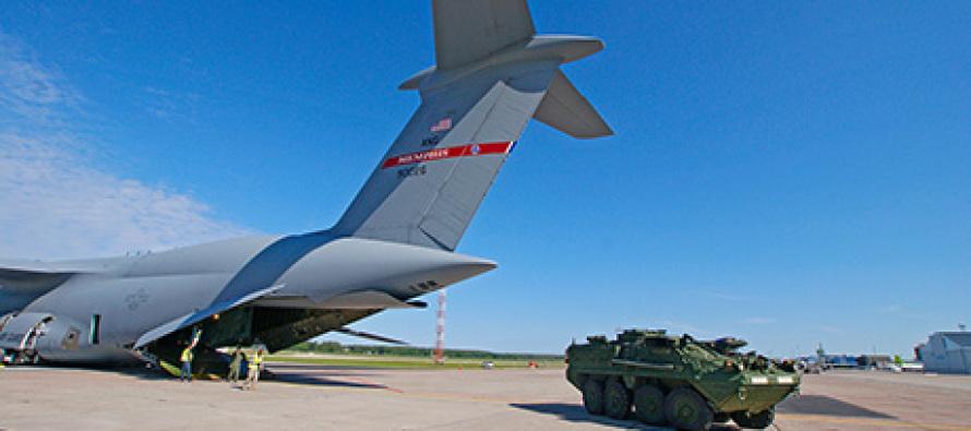 С-5 Galaxy прибыл в Вильнюс