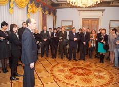 Приём в посольстве России