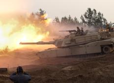 Танковые стрельбы в Адажи