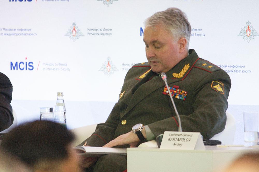 Представители генерального штаба вооруженных сил украины: виталий голота и юрий бородько