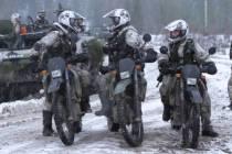 Финляндия приглашает посетить военные объекты