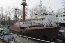 Подготовка к ремонту плавмаяка «Ирбенский»