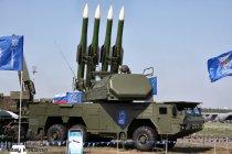 Российские комплексы ПВО «Бук-М2Э» на колесном шасси