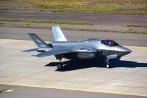 Освоение истребителей F-35