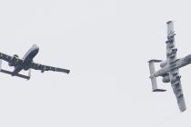 Посадка штурмовиков А-10 на эстонском аэродроме