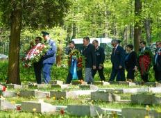 9 мая в Риге: На Покровском и Гарнизонном кладбищах