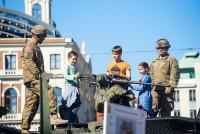 Американские войска в центре Риги