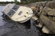 Обнаружена утечка топлива с катера в Iddefjord