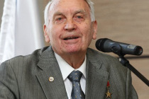 Конструктору подлодок Игорю Спасскому 90 лет