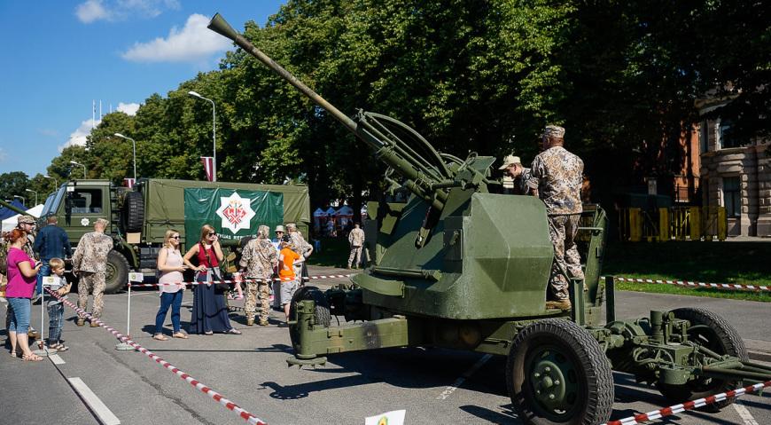 Зенитное орудие Bofors