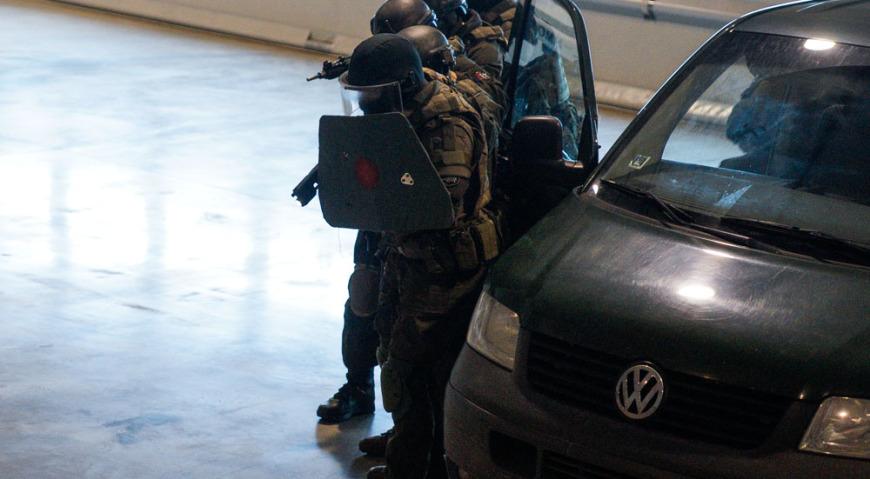 Бойцы спецподразделения СИГМА демонстрируют свои навыки