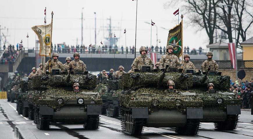 Боевые разведывательные гусеничные бронемашины CVR(T) Zobenszobens