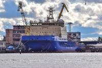 Поднят флаг на ледоколе «Новороссийск»
