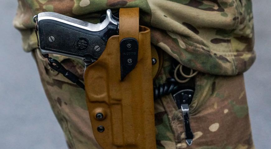 Пистолеты у танкового экипажа