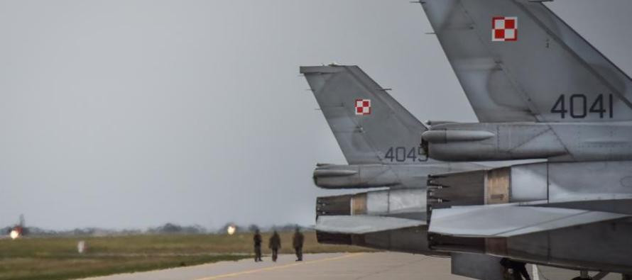 Польские истребители F-16 прибыли в Шяуляй