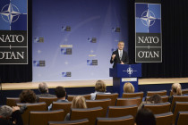 «Очень хорошая встреча министров обороны НАТО»