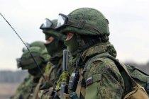 Российские офицеры получили защищенные мобильники