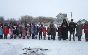 Митинг в сельской школе в Туровке
