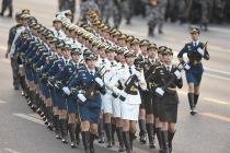 Китай увеличил военные расходы на 8%