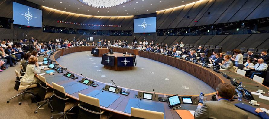 НАТО проводит первую встречу в 1-ом конференц-зале
