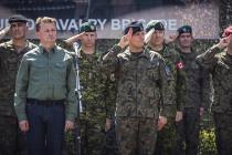 Министр обороны Польши посетил Адажскую базу
