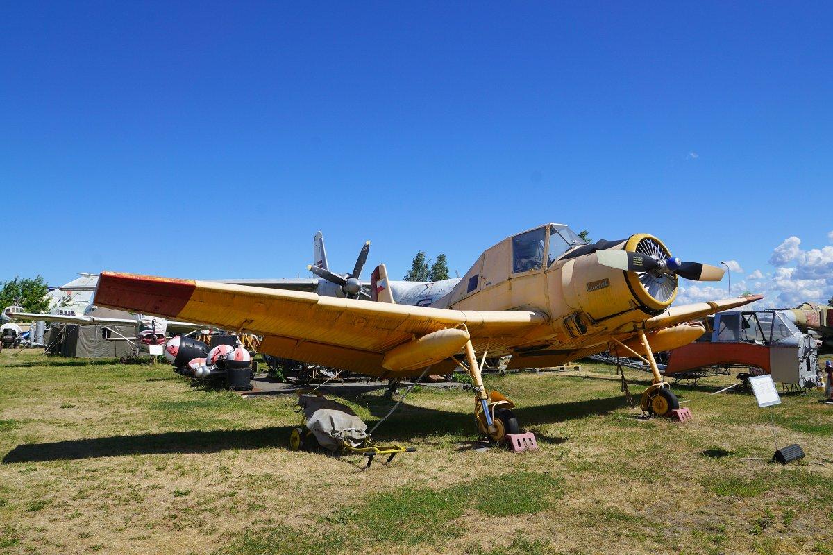 Экскурсия для детдомовцев в Музей авиации