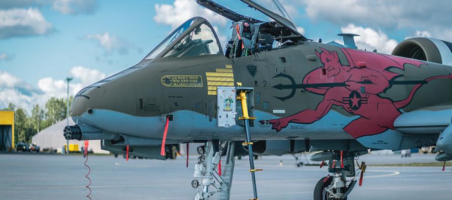 Американские штурмовики А-10 в Латвии