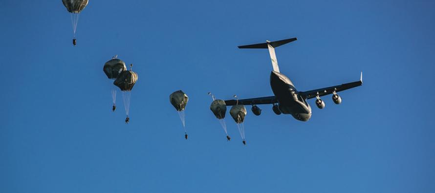 Воздушное десантирование на Адажский полигон