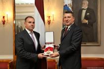 Генералу Ходжесу вручён орден Виестурса I степени