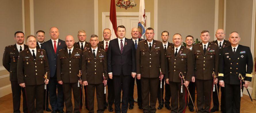Сабли для генералов латвийской армии