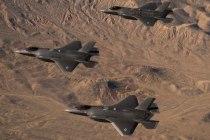 Германия официально отказалась от истребителей F-35