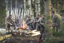 Рота Почётного караула прошла курс выживания зимой