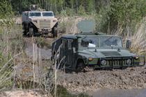 Минобороны Латвии прекратило закупку транспорта