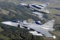 Венгрия примет командование воздушной полицией над Балтией