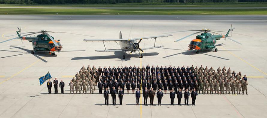 В Лиелварде отметили 100 лет латвийской авиации