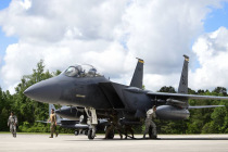 Учения авиации Rapid Forge на авиабазе в Шяуляе