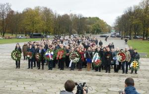 День освобождения Риги. У памятника