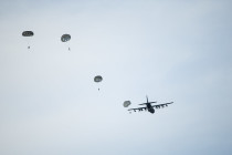 Воздушно-десантные учения в Лиелварде